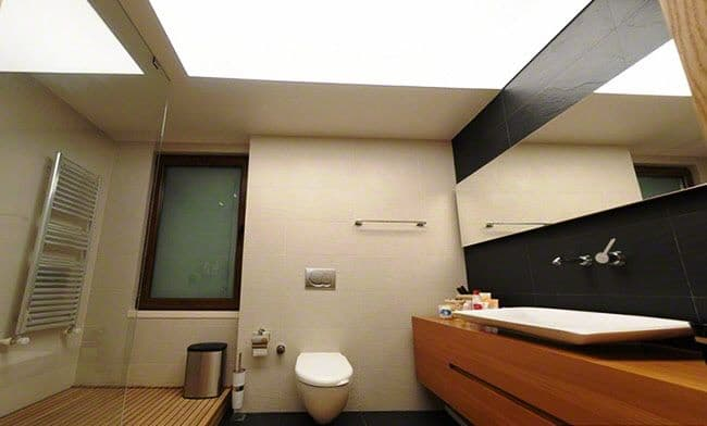 ПВХ-потолки в ванну