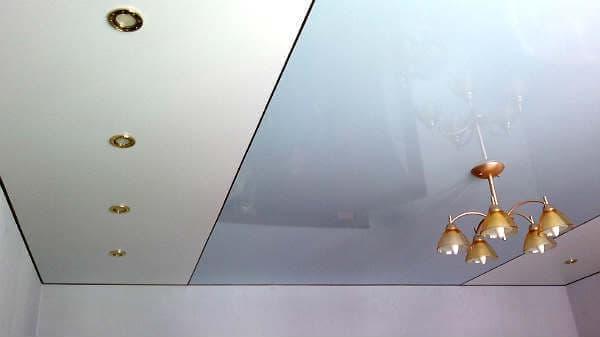 Цветные глянцевые натяжные потолки
